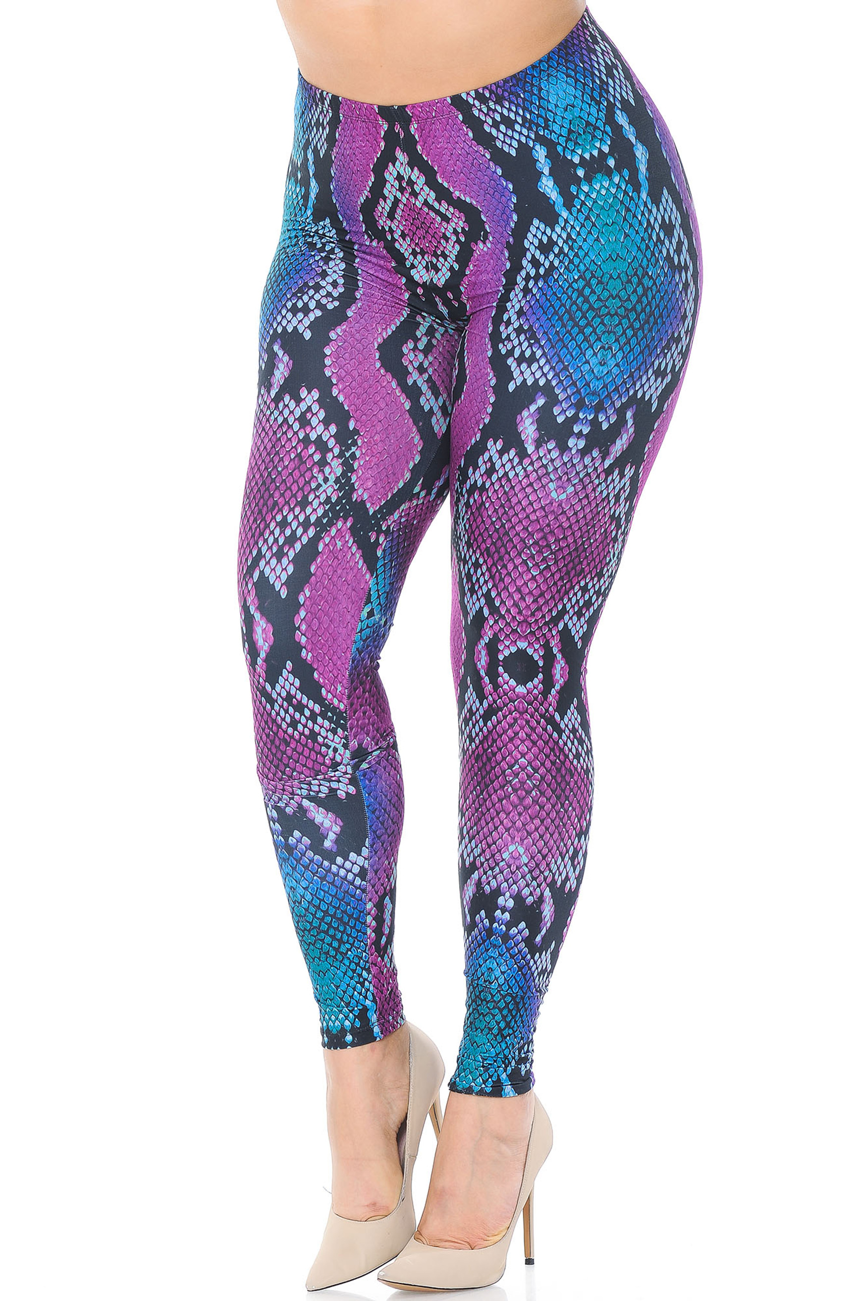 Creamy Soft Pink and Blue Snakeskin Plus Size Leggings - USA Fashion™