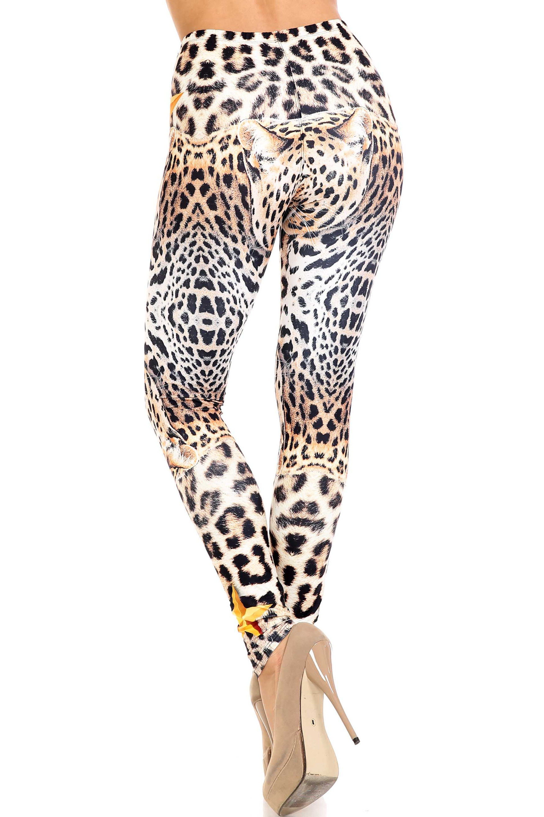 Creamy Soft Leopard Star Extra Plus Size Leggings - 3X-5X - USA Fashion™