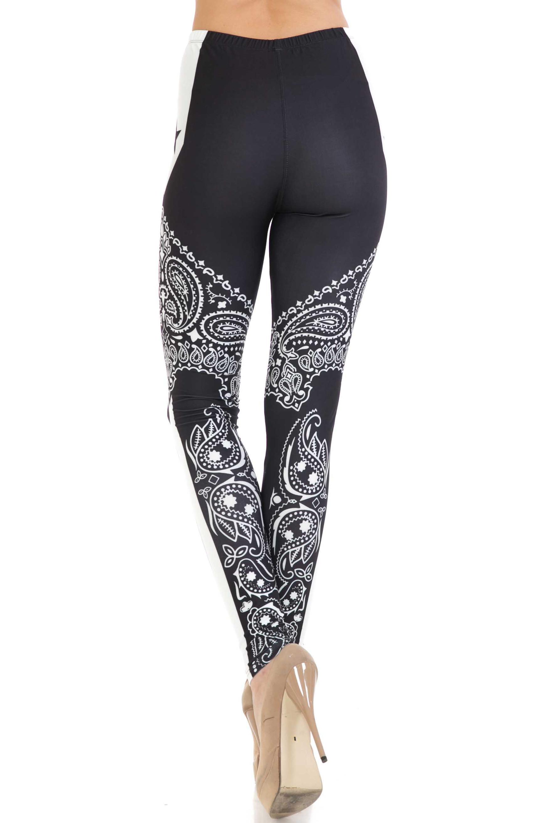 Creamy Soft Bandana Stars Extra Plus Size Leggings - 3X-5X - USA Fashion™