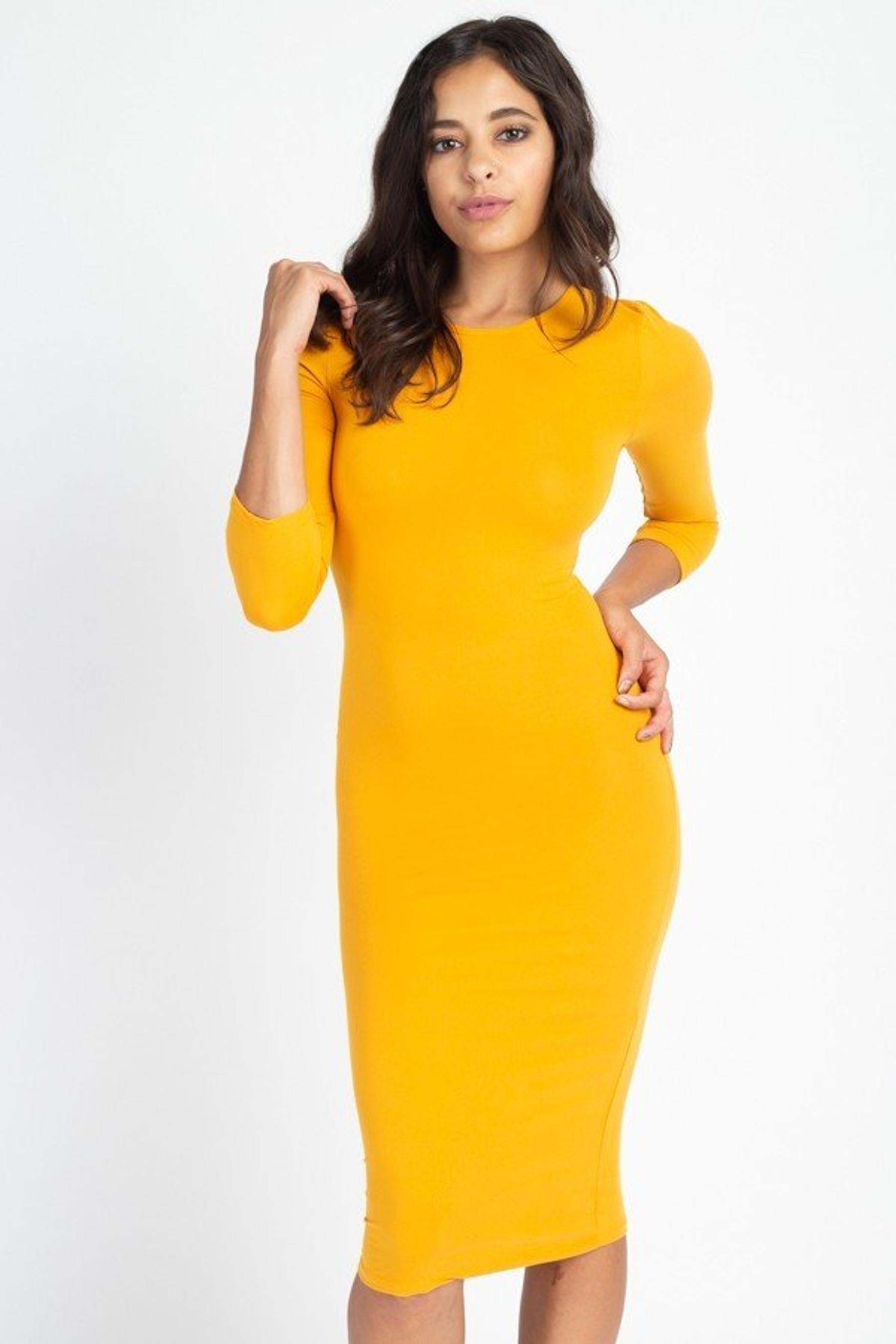 3/4 Sleeve Round Neck Stretch Knit Midi Dress