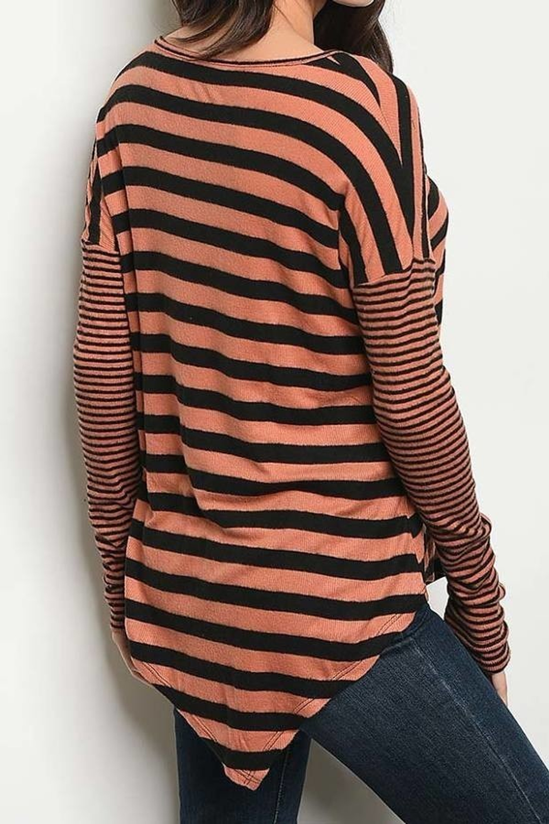 Earth/Black Crisscross Keyhole Mixed Stripe Asymmetrical Hem Long Sleeve Top