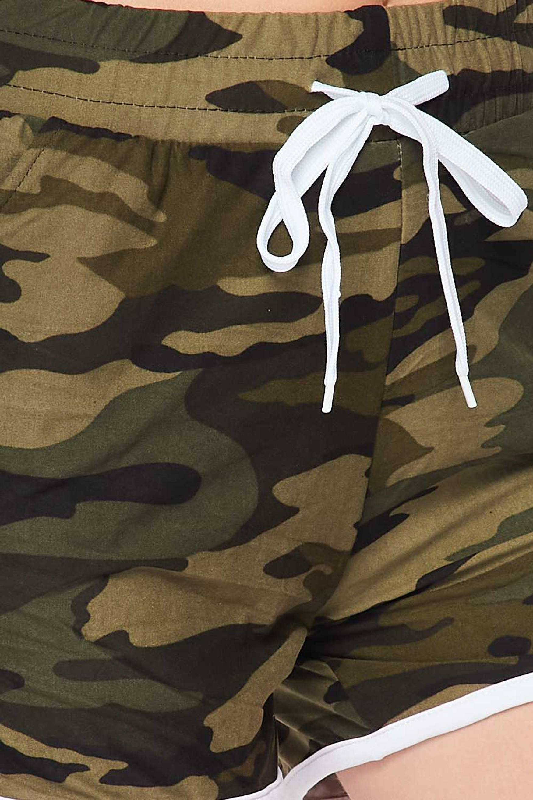 Buttery Soft Green Camouflage Drawstring Waist Plus Size Dolphin Shorts with Pockets