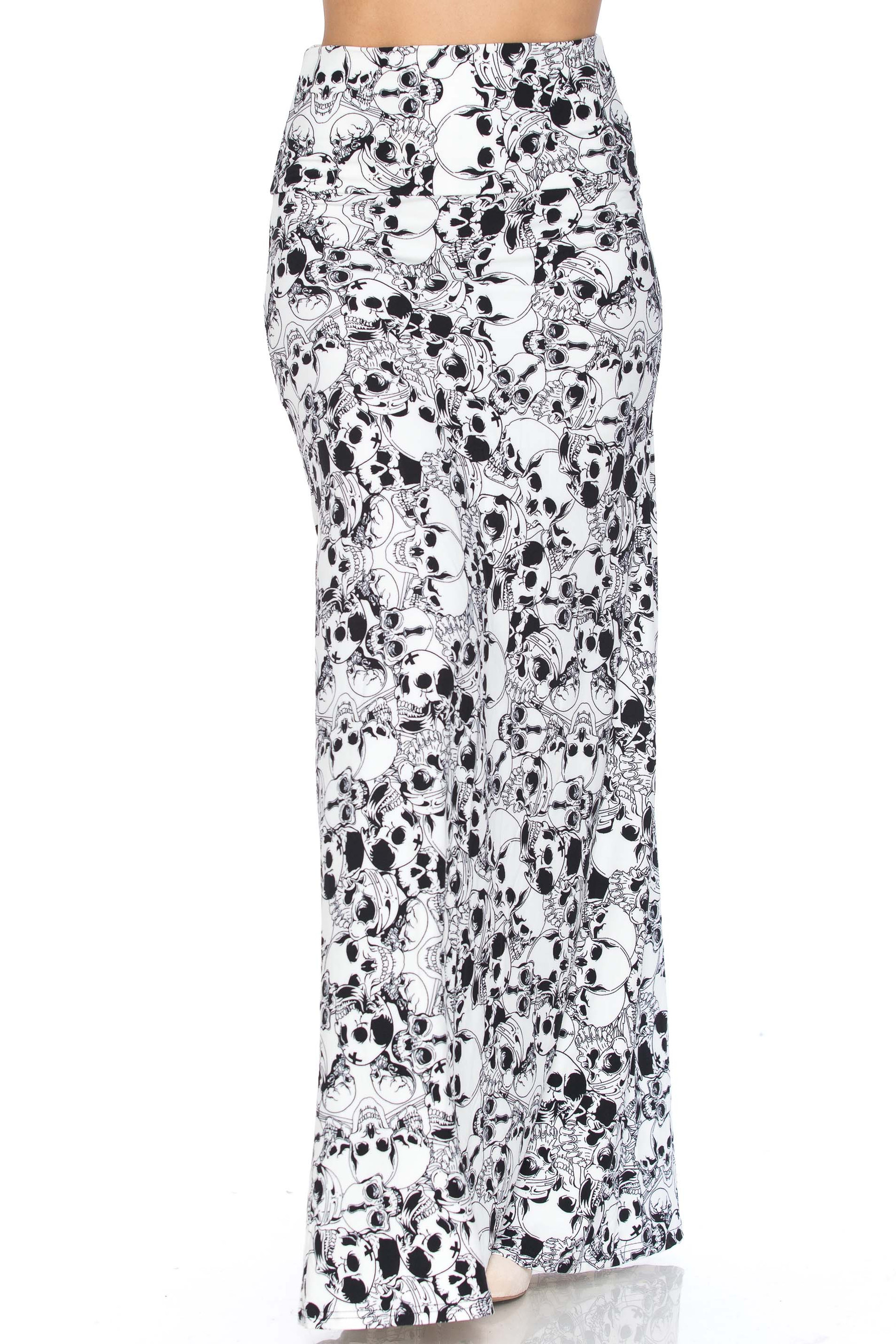 White Layers of Skulls Plus Size Buttery Soft Maxi Skirt