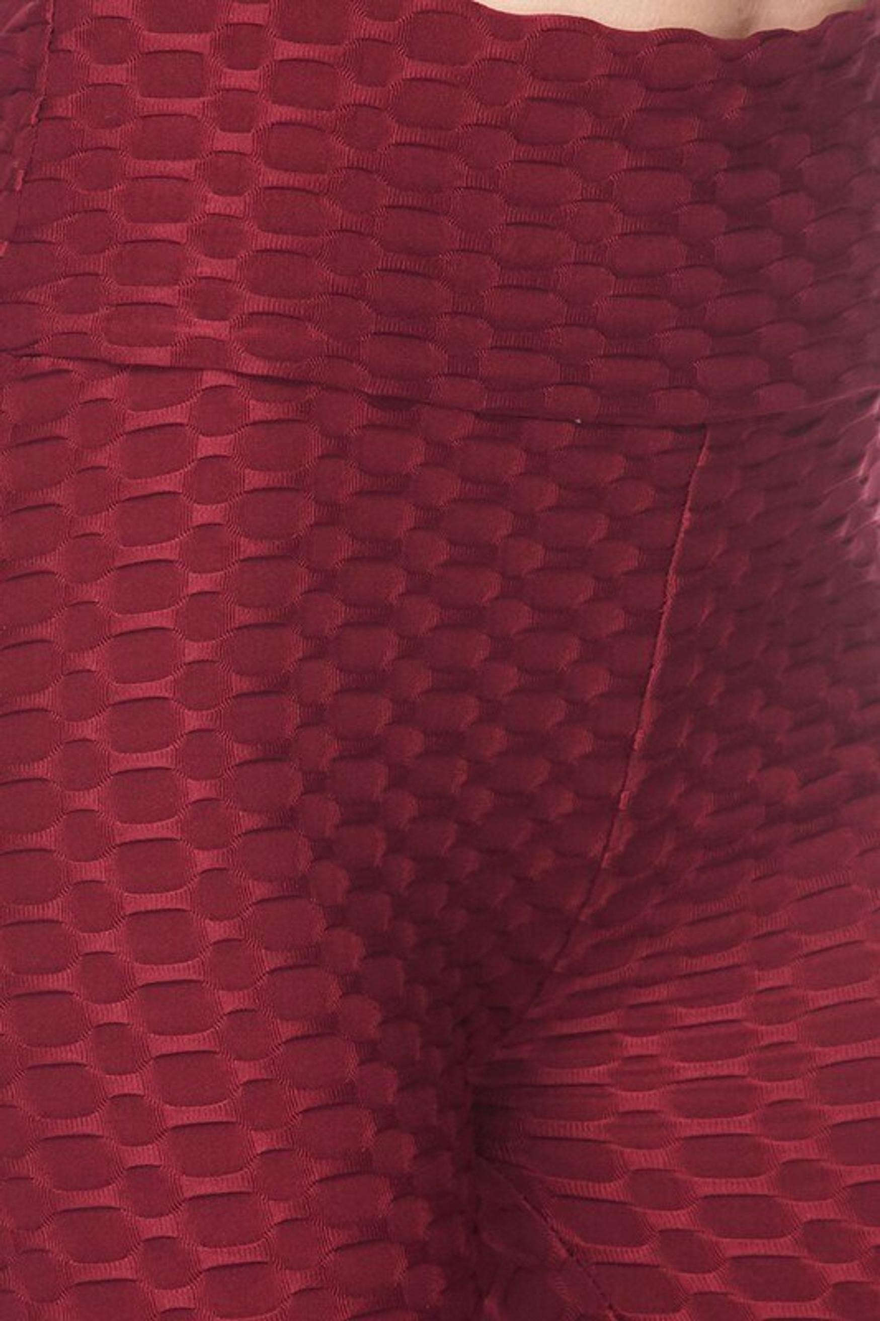 Scrunch Butt Textured High Waisted Plus Size Capris