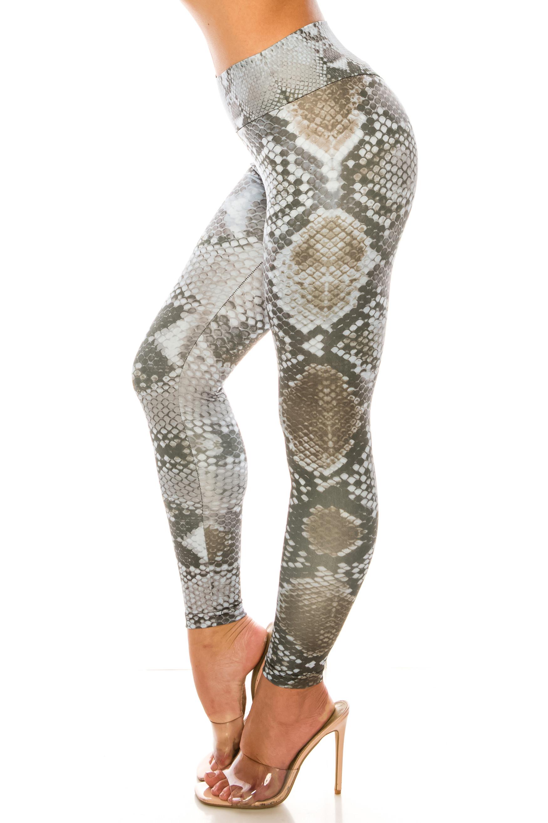 Sleek Snakeskin High Waisted Sport Scrunch Leggings