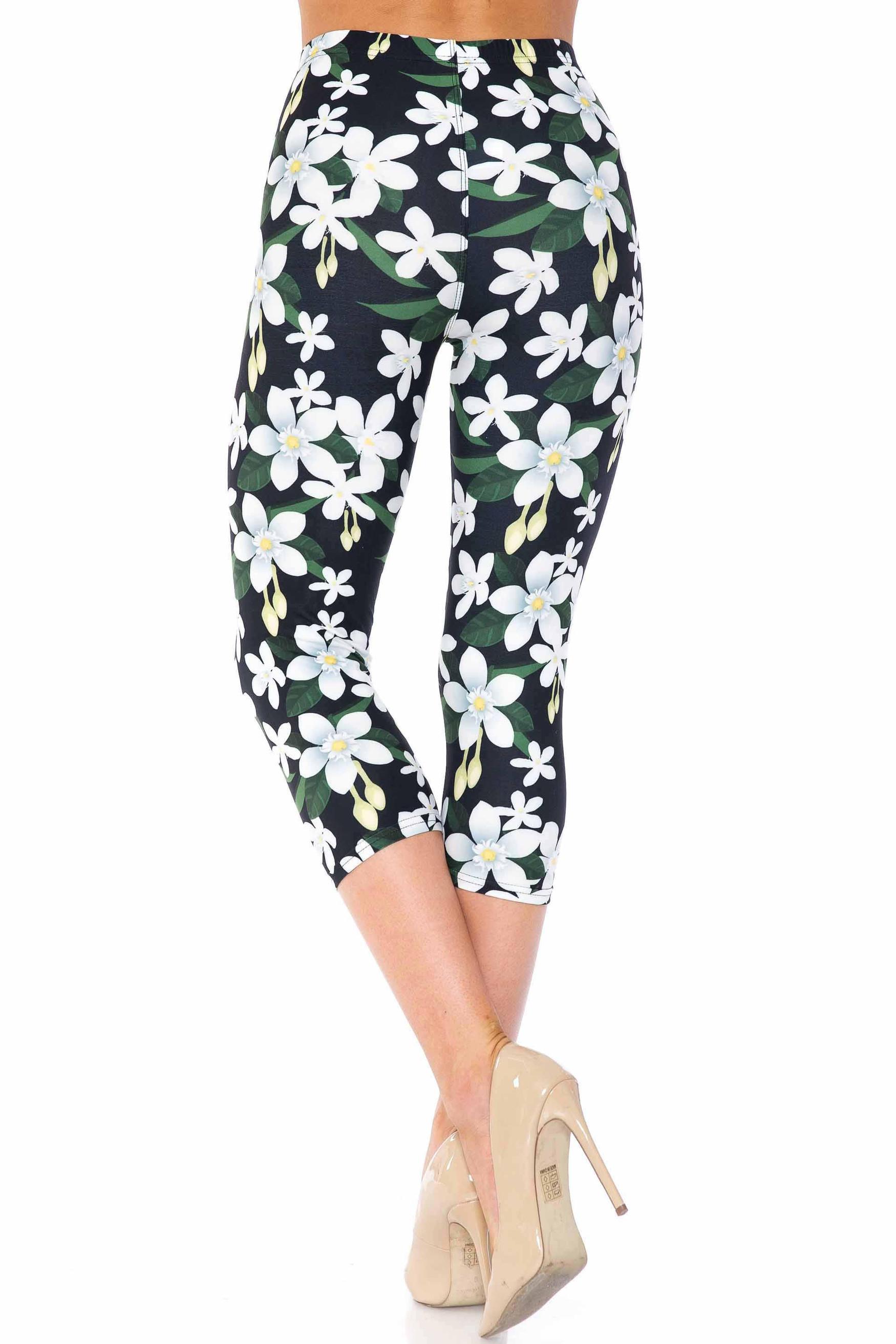 Creamy Soft Daisy Bloom Capris - USA Fashion™