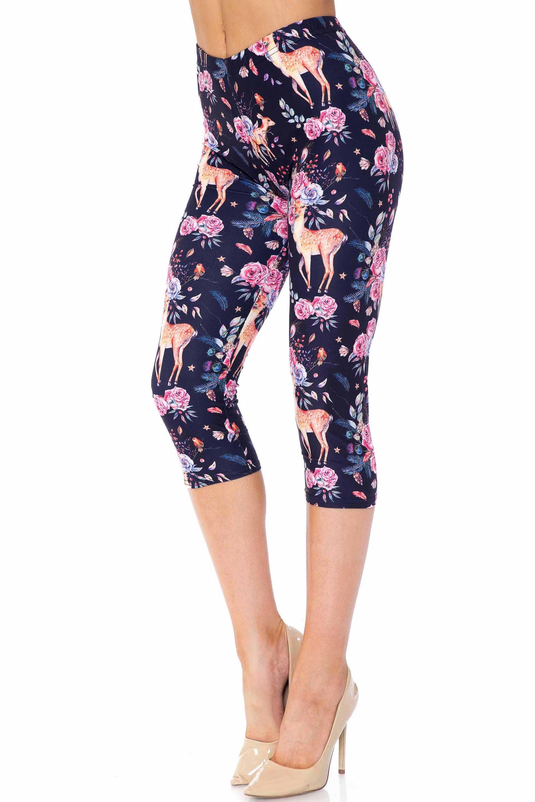 Creamy Soft Woodland Floral Fawn Plus Size Capris - USA Fashion™