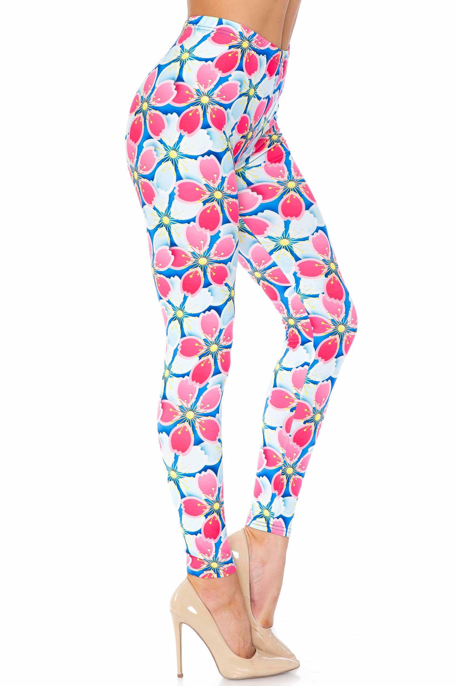 Creamy Soft Pink and Blue Sunshine Floral Plus Size Leggings - USA Fashion™