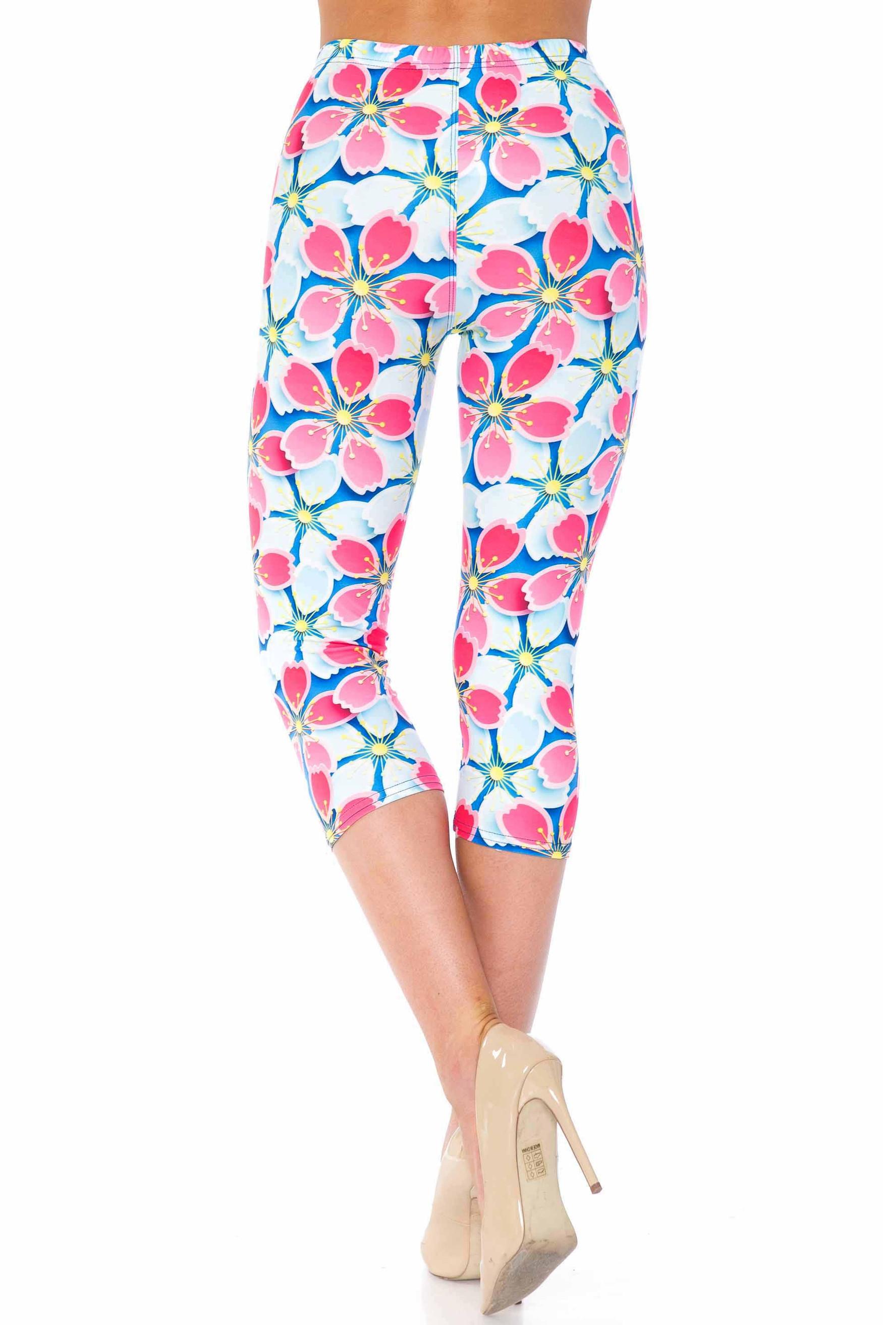 Creamy Soft Pink and Blue Sunshine Floral Capris - USA Fashion™