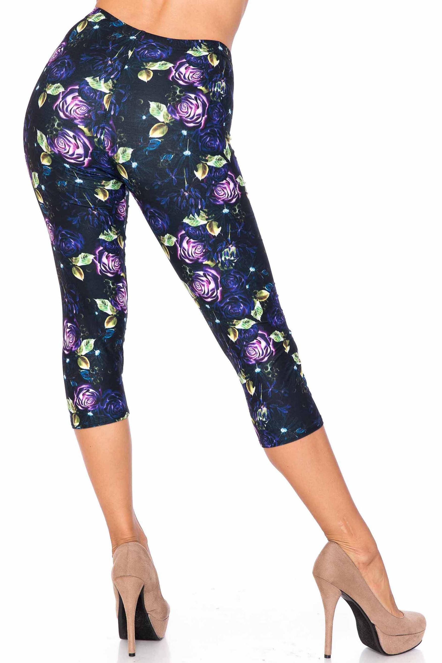 Creamy Soft Purple and Violet Rose Plus Size Capris - USA Fashion™