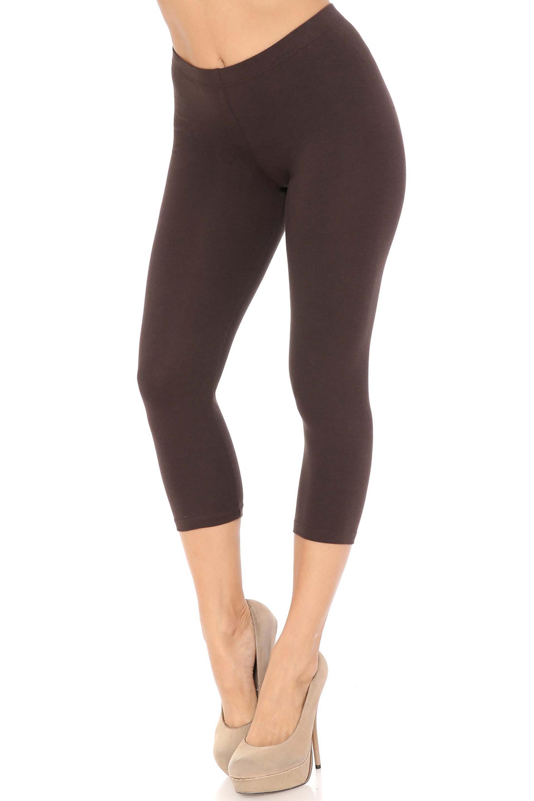 45 degree angle of brown USA Cotton Capri Length Leggings
