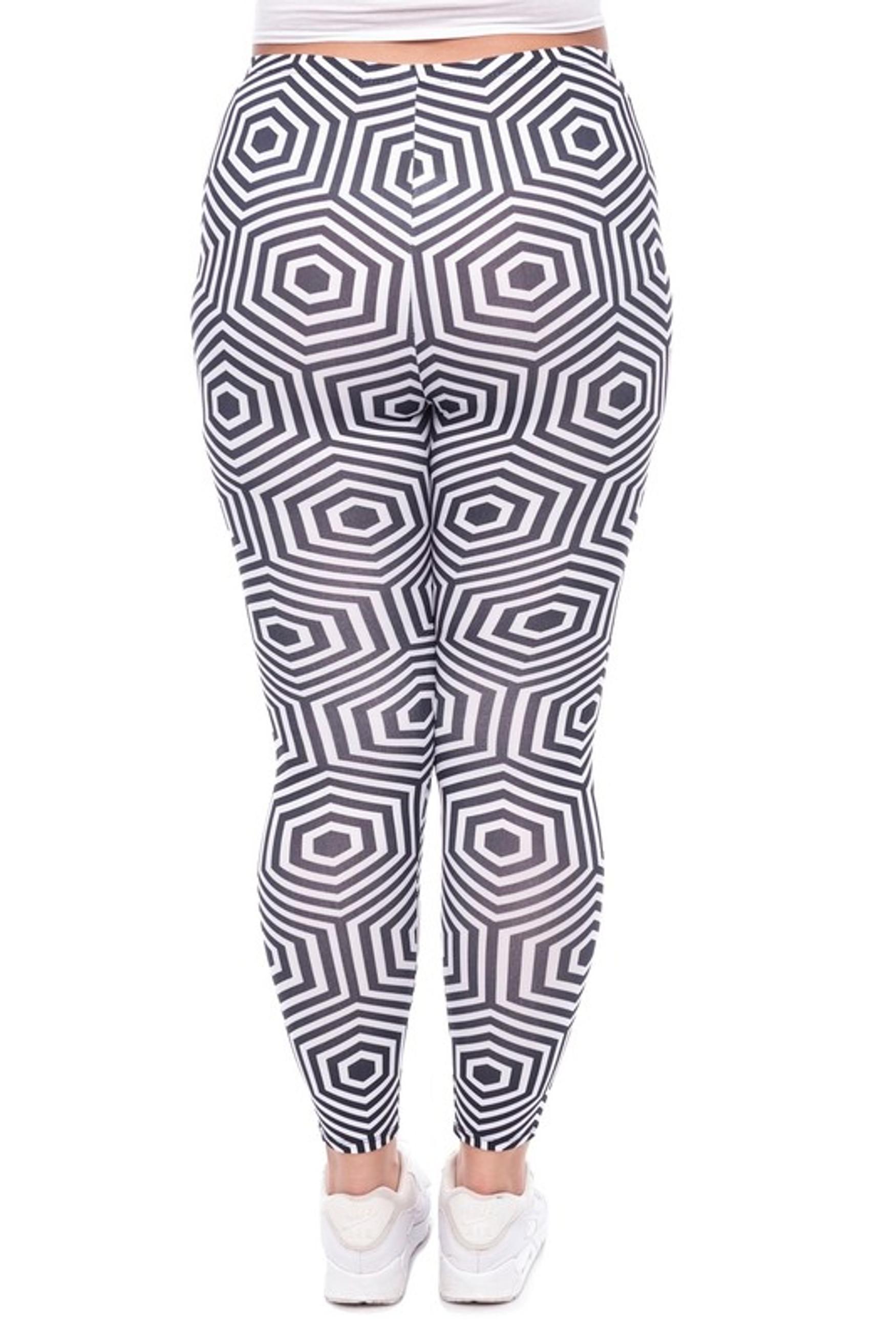 Vision Illusion Leggings - Plus Size