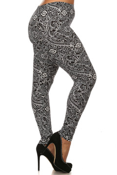 Right leg side image of Brushed Ornate Paisley Plus Size Leggings