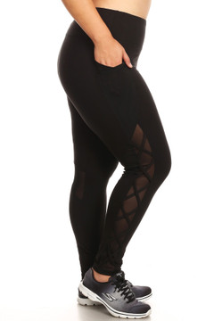 Crisscross Rear Knee Mesh with Pockets Plus Size Workout Leggings