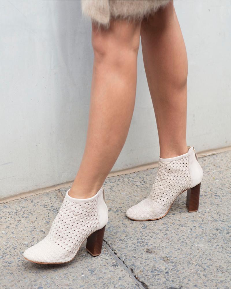 Bianca Buccheri Alessia Boot Ecru