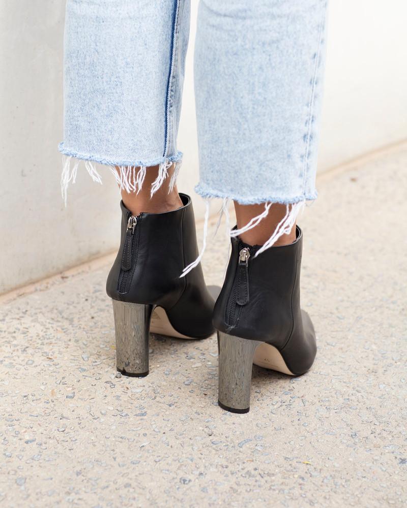 Bianca Buccheri Sia Boot Black