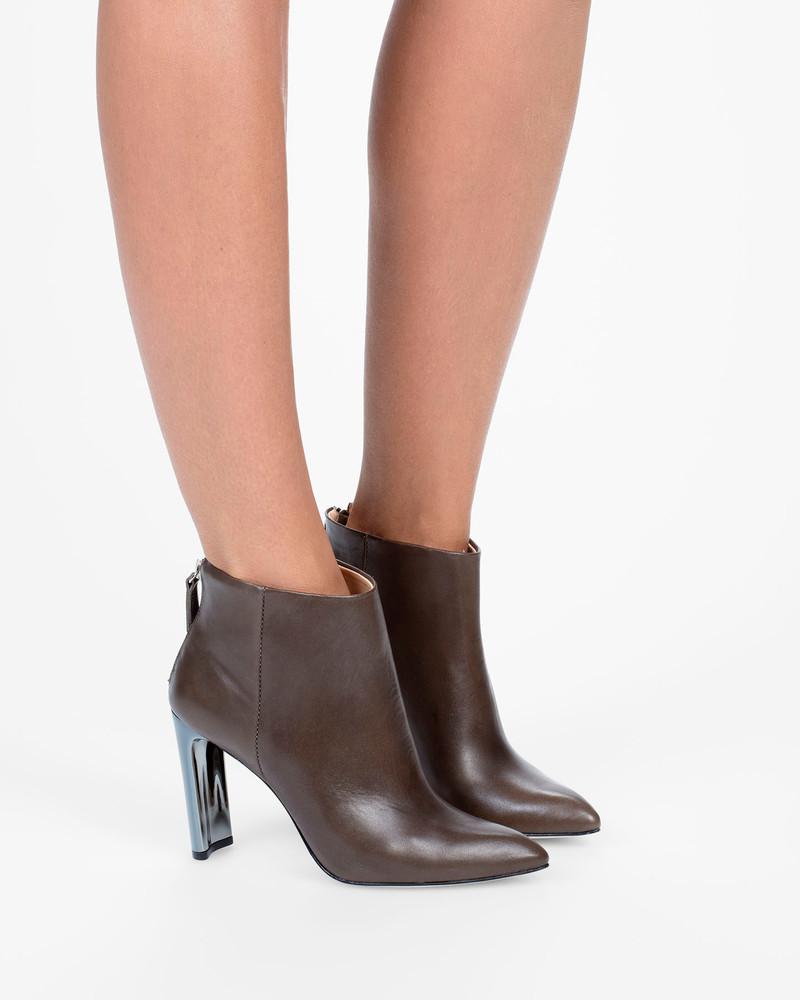 Bianca Buccheri Sia Boot Brown