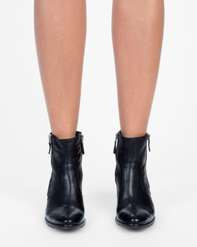 Bianca Buccheri Carolina Boot Black