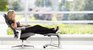 Natural Glide System allows the seat to glide forward as users recline