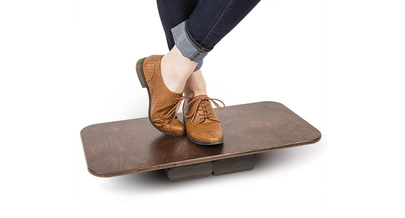 The Fitterfirst Active Office Board is able to offer users a customizable balance board to complement their ergonomic office setups