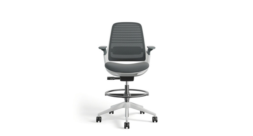 Work better and with the right amount of height with the Steelcase Series 1 Drafting Stool