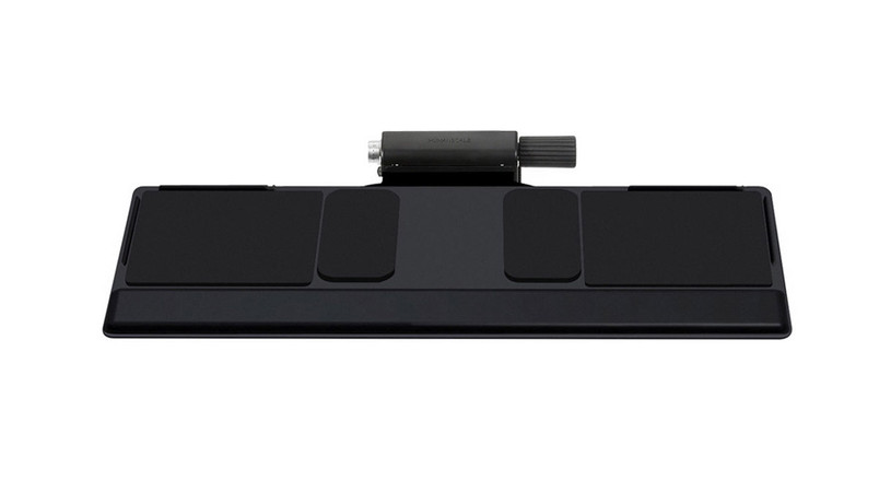 The Humanscale 550 Big Compact Keyboard Tray design supports a variety of keyboards and mice combinations