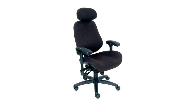 Larger than average base and seat accommodate users above the 80th percentile
