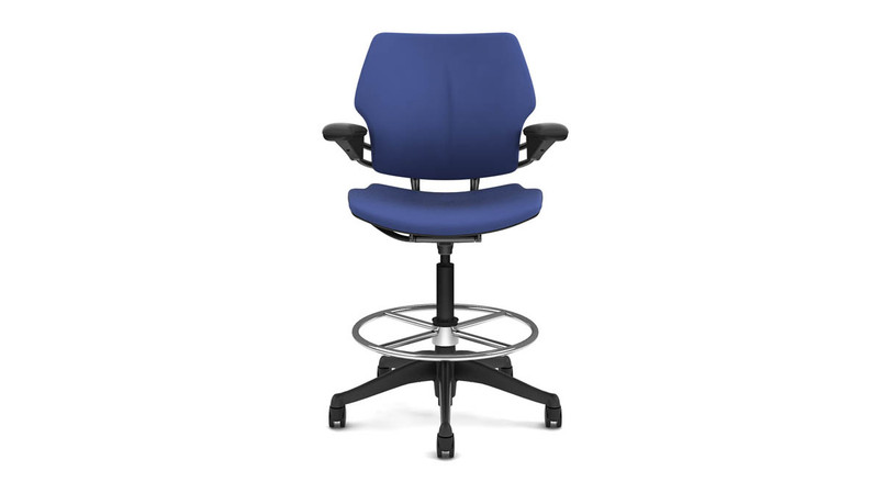 Counterbalance reclining mechanism provides the ideal amount of support throughout a full range of motion