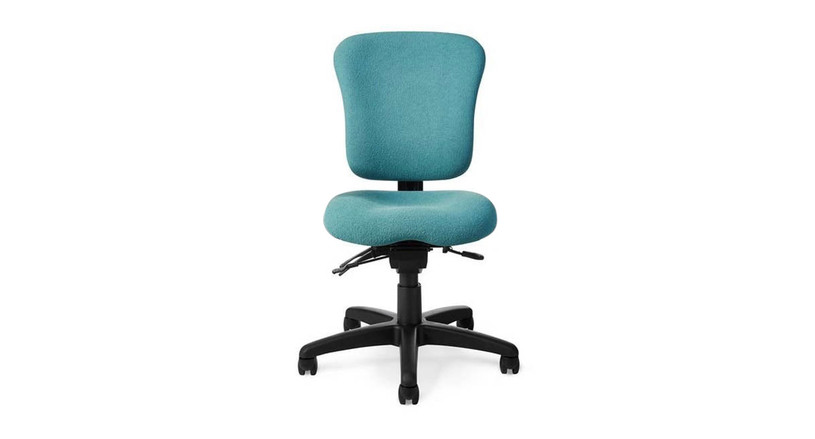 Independent adjustability on backrest and seat angles