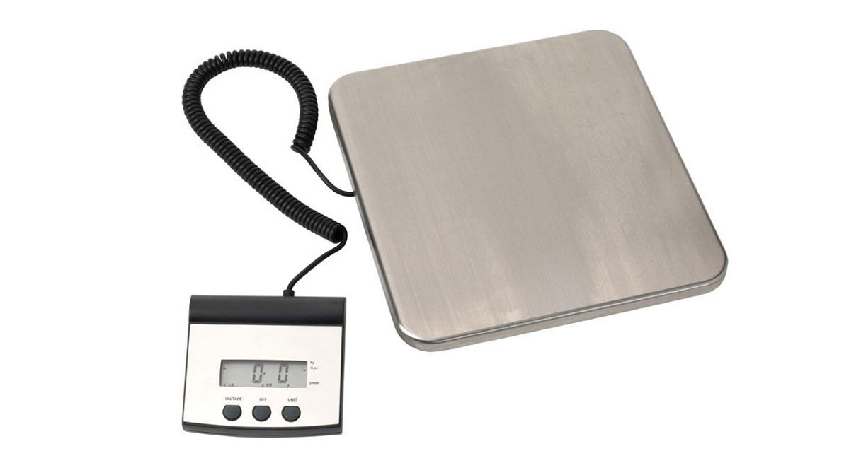 Has A Weight Capacity Of 220 Lb Or 100 Kg Measures In Pounds Ounces