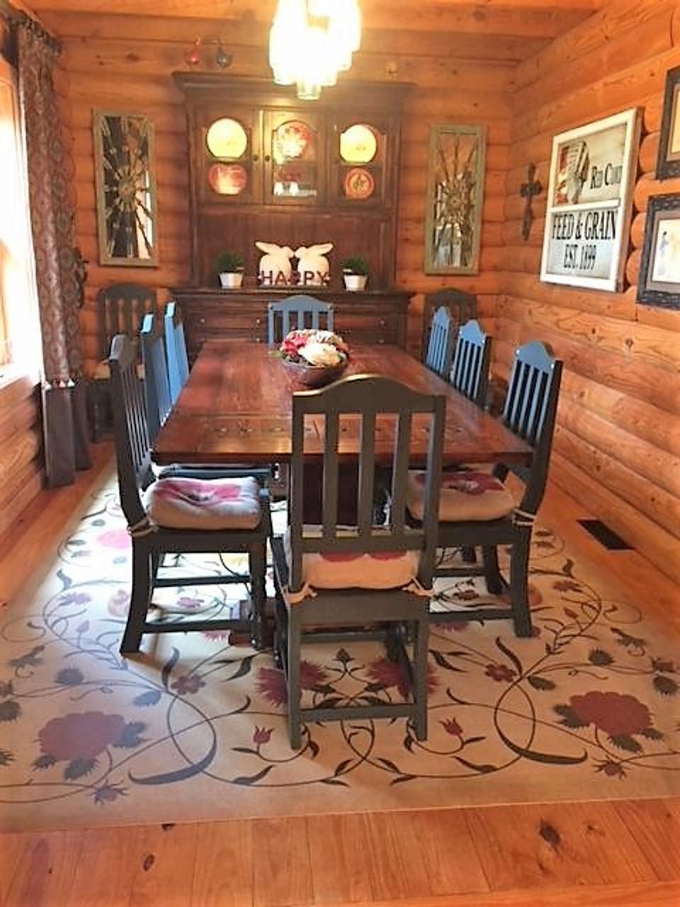 Pura Vida customer use of Abigail vinyl floor cloth