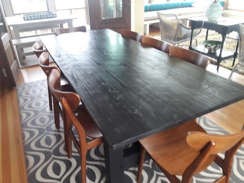 Pura Vida customer use of Istanbul vinyl floor cloth