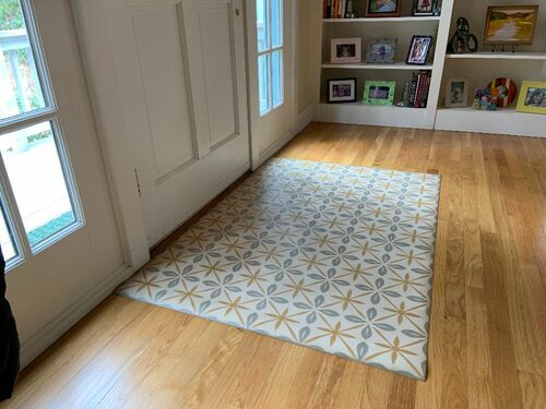 Pura Vida customer use of The Breakfast Club vinyl floor cloth