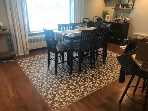 Pura Vida customer use of Uptown Diner vinyl floor cloth