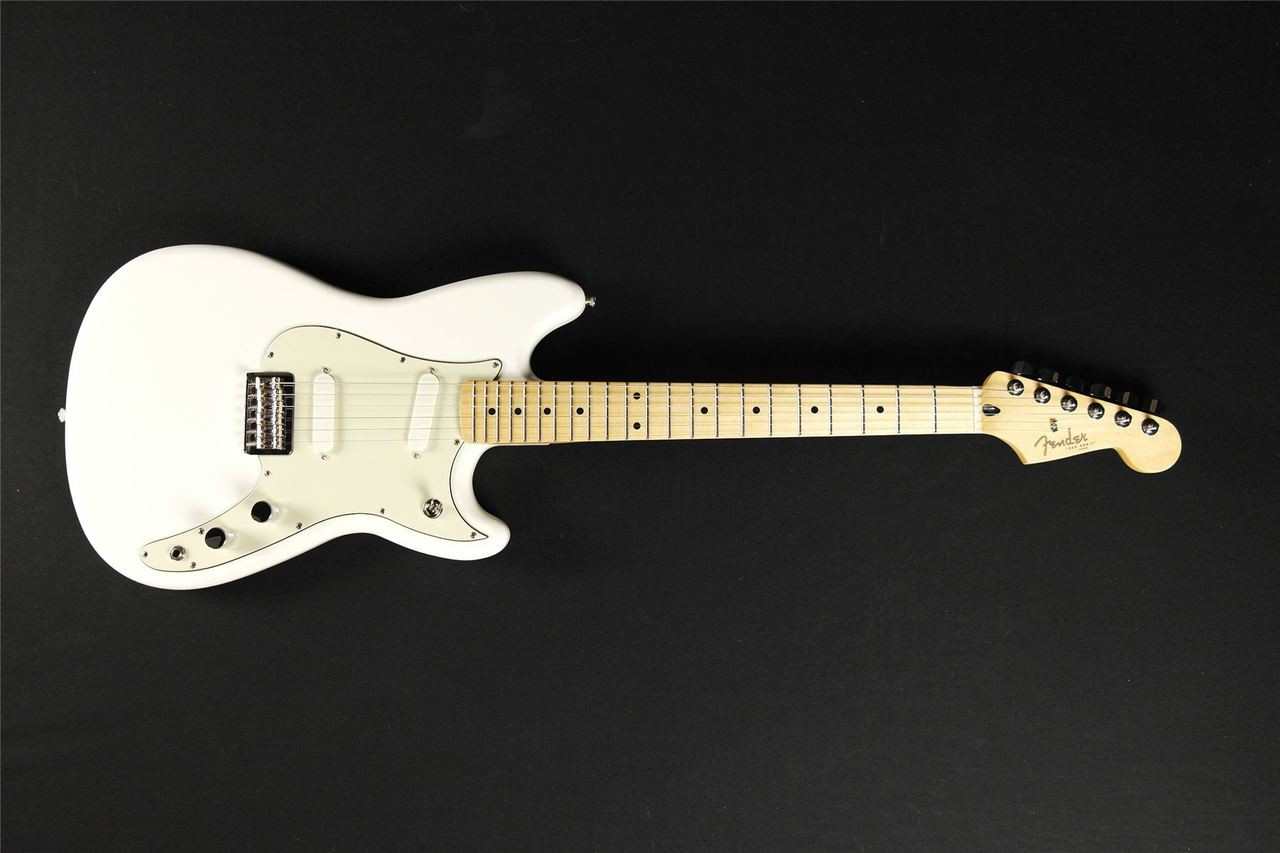 Fender Duo Sonic Electric Guitar Maple Fingerboard Arctic White