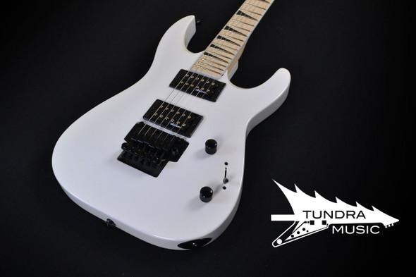 Jackson JS32 Dinky™ DKA-M - Maple Fingerboard - Snow White (987)