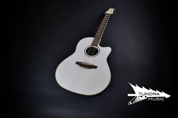 Ovation CC44-5 Celebrity Deluxe MID - Black (766)