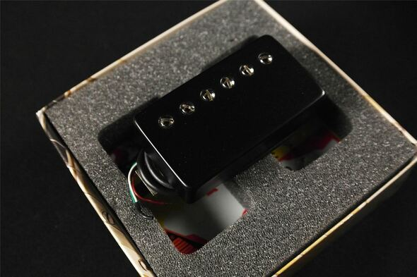 Bare Knuckle Black Dog Humbucker 6 String Bridge & Neck Standard Spacing 4 Conductor Short Leg Black