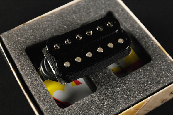 Bare Knuckle Nail Bomb 6 String Bridge & Neck Standard Spacing 4 Conductor Short Leg Black Humbucker Pickups