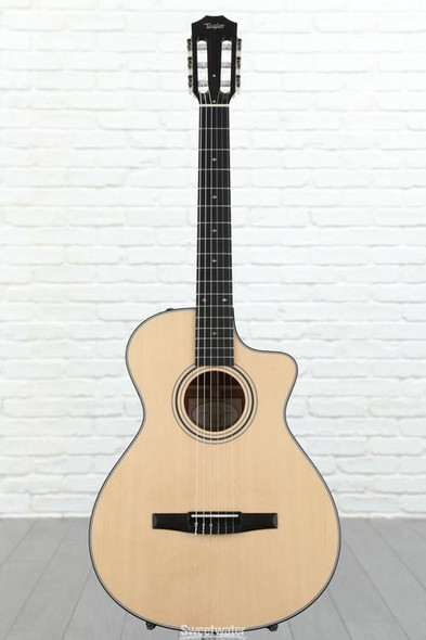 Taylor 312ce-N Grand Concert Nylon Cutaway Acoustic/Electric - Natural