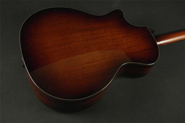 Taylor 524ce Grand Auditorium Cutaway Acoustic/Electric - Natural (005)