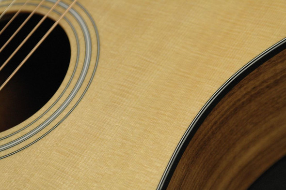 Taylor 110ce Dreadnought Cutaway Acoustic/Electric - Natural (325)