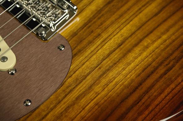 Fender Limited Edition Shedua Top Stratocaster (076)