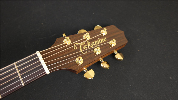 Takamine P5JC Pro Series Jumbo Acoustic/Electric Cutaway - Natural
