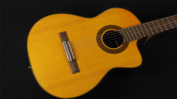 Takamine GC5CE-NAT Classical Cutaway Acoustic/Electric - Natural