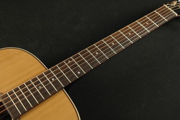 Seagull 045372 Coastline CH Momentum 6 String RH Acoustic Electric Guitar High Gloss (110)