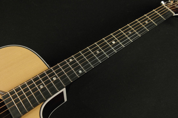 Seagull Maritime Concert Hall All Solid Pressure Treated  Cutaway QIT Acoustic/Electric - Natural - 46447 (378)