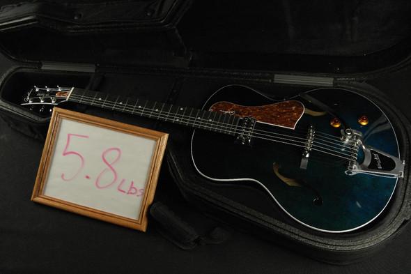 Godin 047826 5th Avenue Night Club Hollow Body 6 String RH Guitar w Tric Case - Indigo Blue 013