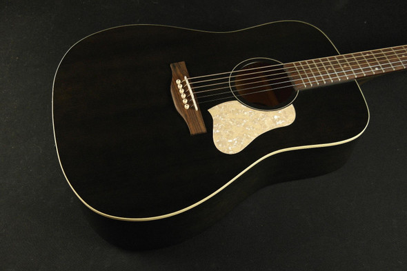Art & Lutherie Americana  Dreadnought - Faded Black (456)