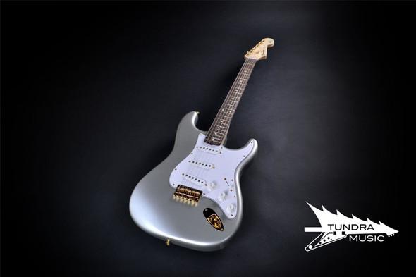 Fender Custom Shop Robert Cray Signature Stratocaster - Rosewood Fingerboard - Inca Silver